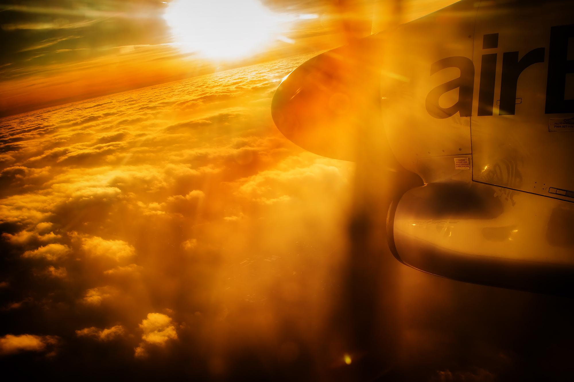 Sonnenuntergang an Bord von Air Baltic